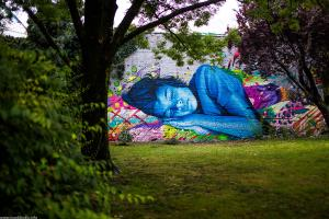 Murals in Zagreb: Technicolor dream