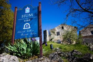The Spirit of Istria: Hum